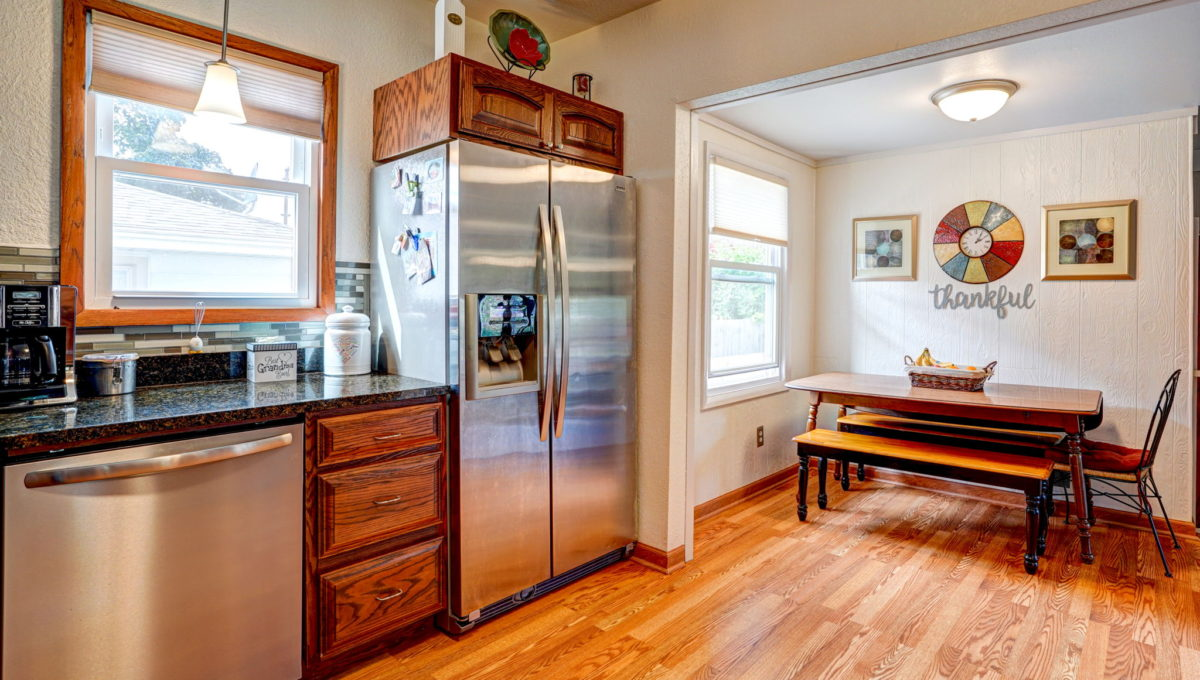 17-web-or-mls-Kitchen_4